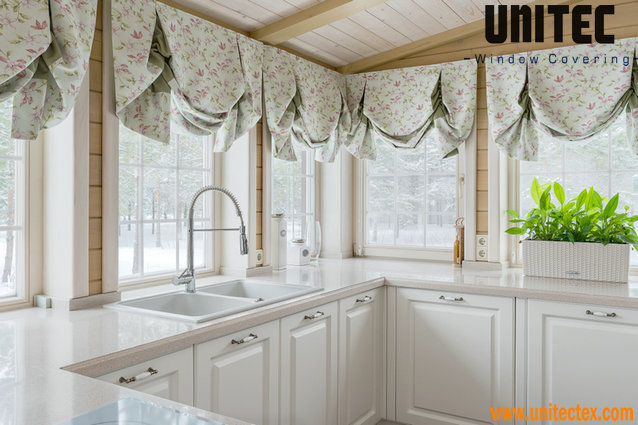 Kitchen Curtains Tips For Choosing The Best Curtains For The Kitchen Screen Fabric Roller Blinds